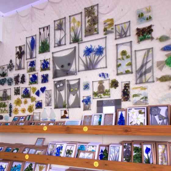 U-Stuudios on müügil suur valik klaaskollaaže