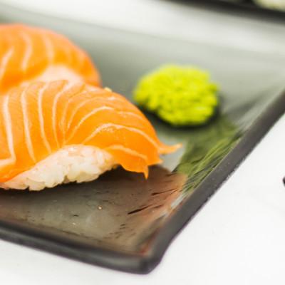 """Sushi kandiline taldrik """"Tume"""""""